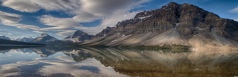 Banff's Bow Lake By Mark Lindsay
